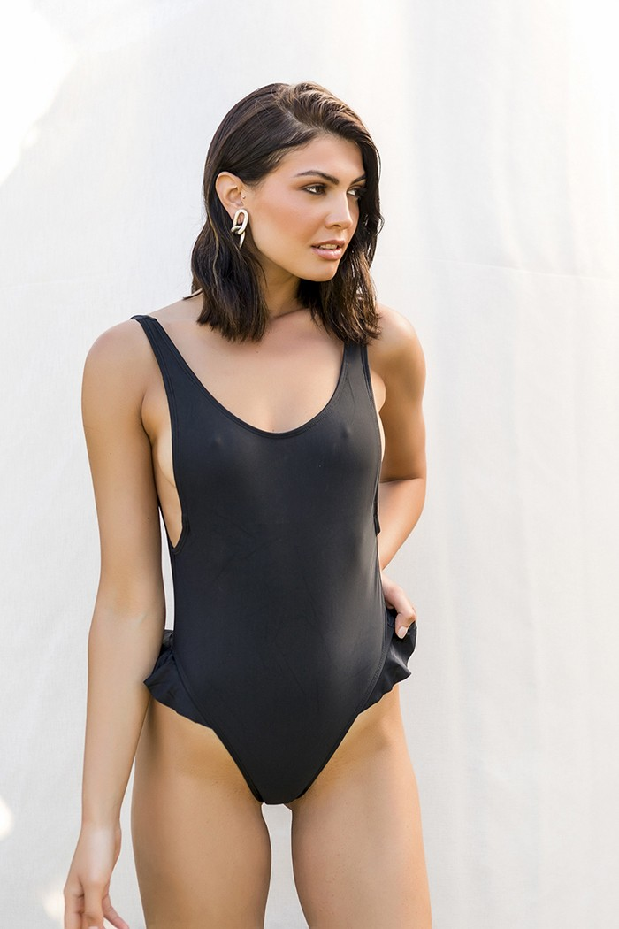 One piece with ruffles details -Negro