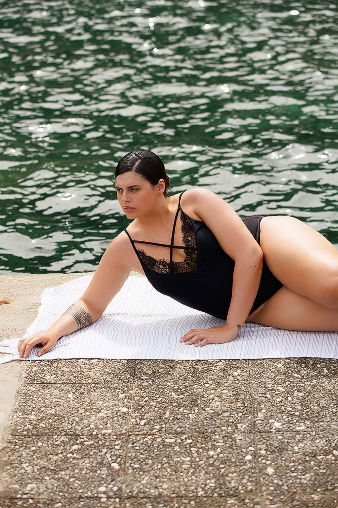 front page | Swimsuits
