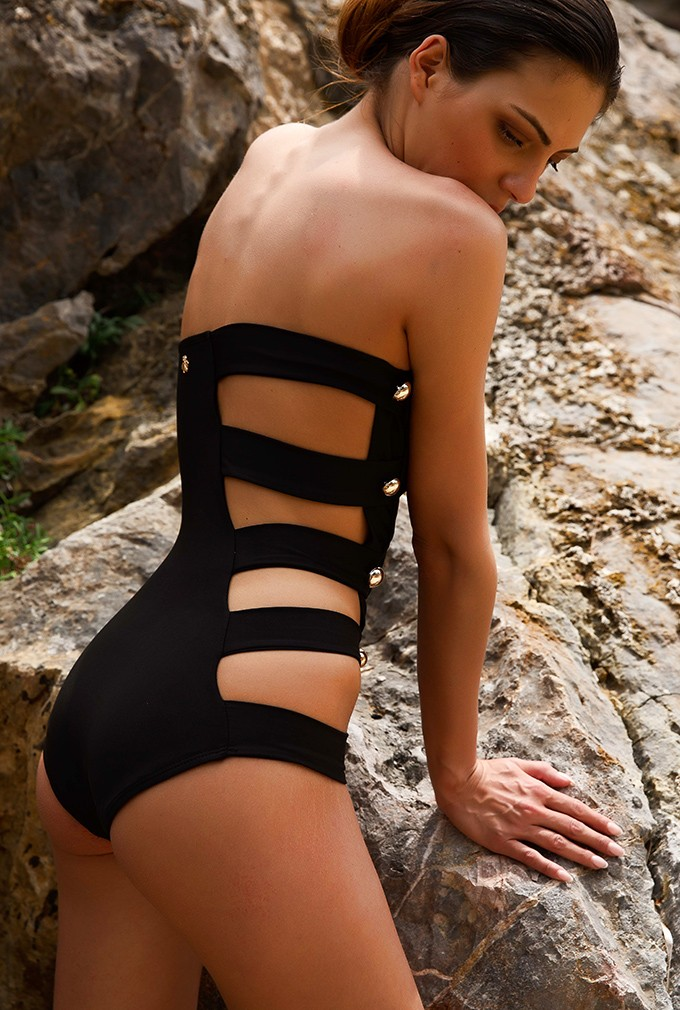 Uncategorized | Swimsuits