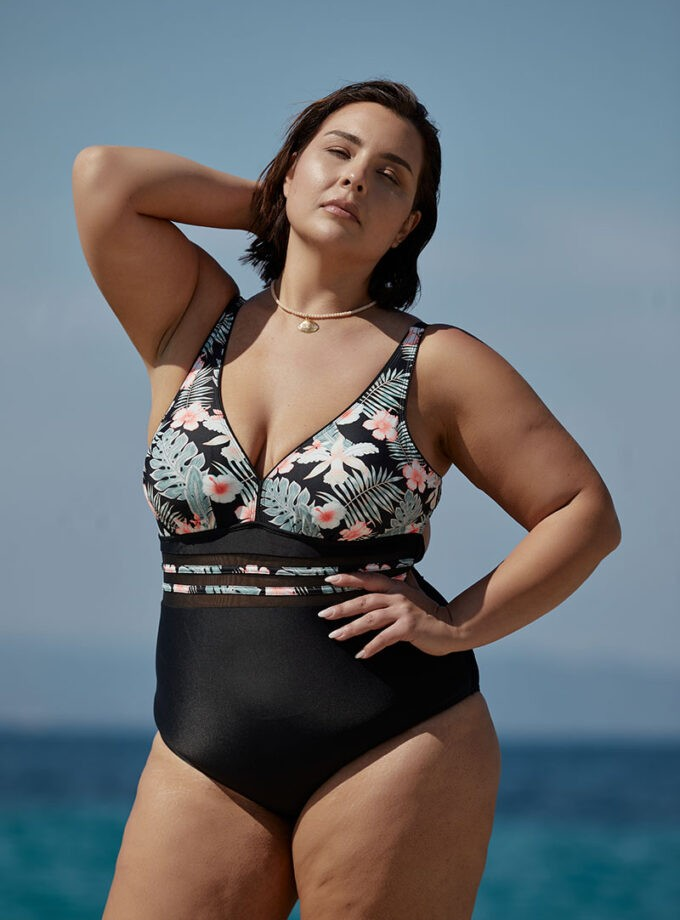 Swimsuit one piece with floral print and open back